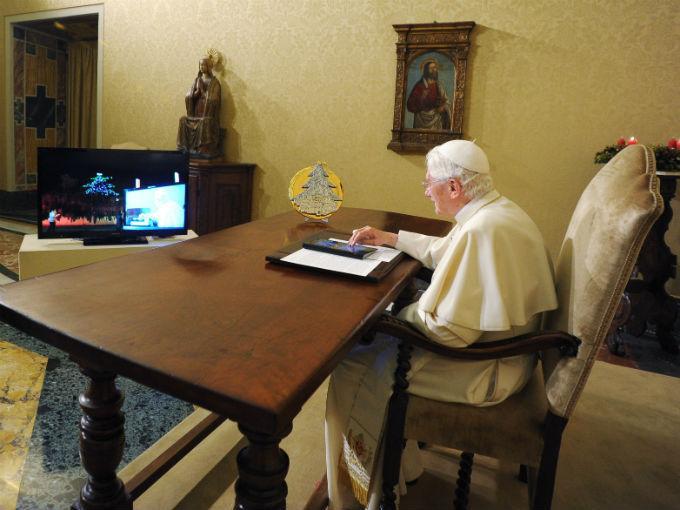 papa benedicto xvi pontifex