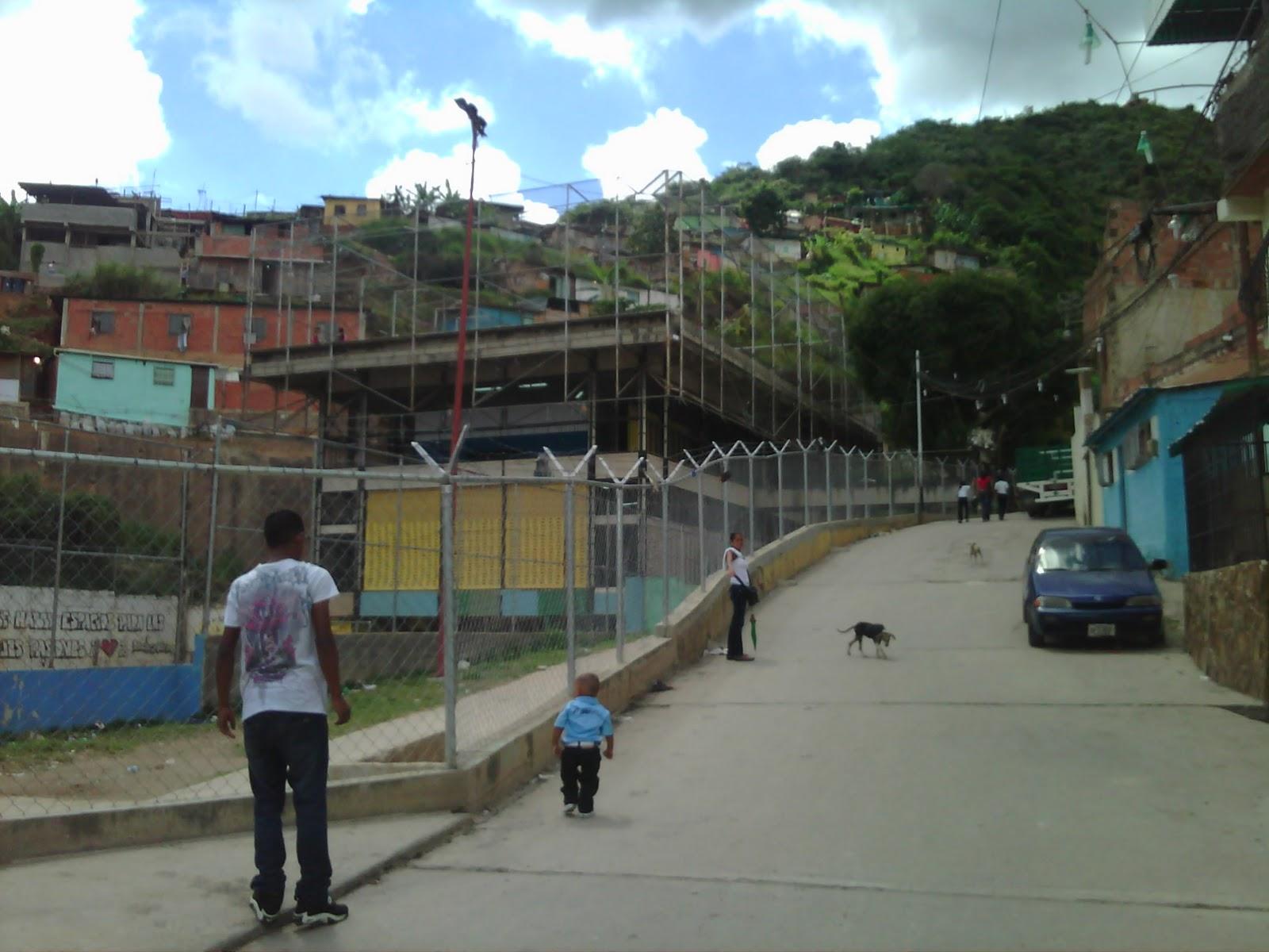 calle el petroleo, 24 de enero 2012 c