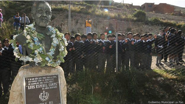 150707224433_bolivia_luis_espinal_monumento_624x351_gobiernomunicipallapaz.
