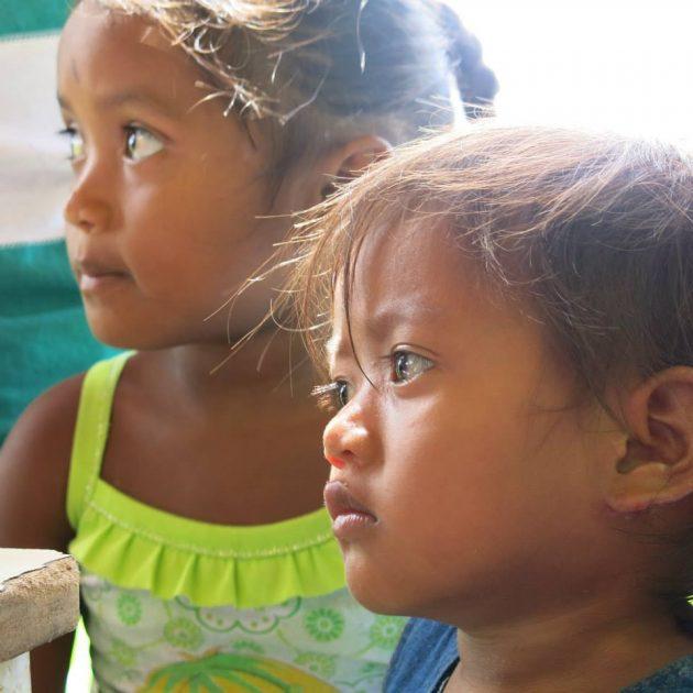 Muchos de los niños que llegan y nacen en Tucupita dejan de lado el idioma warao. Foto: Minerva Vitti