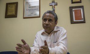 ENTREVISTA A EL JESUITA ALFREDO INFANTE. DIRECTOR DE LA REVISTA SIC. (2 de 12)