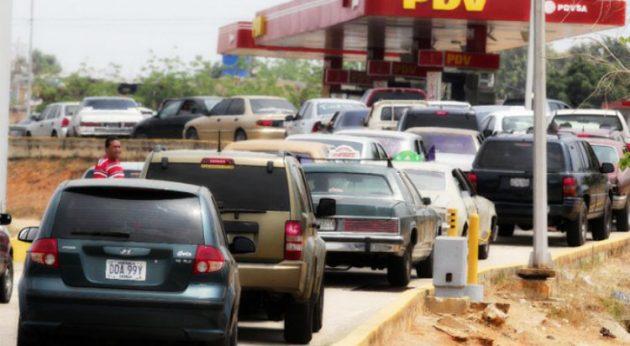 colas-gasolinera-venezuela